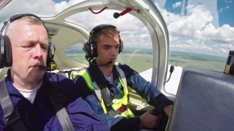 Flugschüler mit Fluglehrer